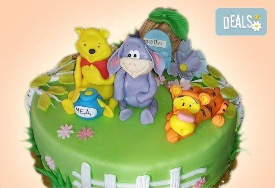 За най-малките! Детска торта с Мечо Пух, Смърфовете, Спондж Боб и други герои от Сладкарница Джорджо Джани - Снимка 21