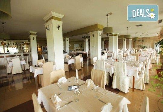 Нова Година 2019 в Hotel Belvedere 4*, Охрид, с Дари Травел! 3 нощувки, 3 закуски и 2 вечери, Новогодишна вечеря, транспорт и обиколки в Скопие и Охрид - Снимка 6