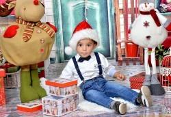 Семейна есенна или коледна фотосесия + подарък: фотокнига или еднолистен детски календар от Photosesia.com! - Снимка