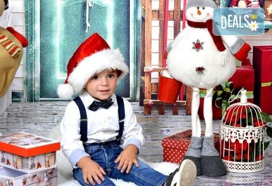 Семейна есенна или коледна фотосесия + подарък: фотокнига или еднолистен детски календар от Photosesia.com! - Снимка 6
