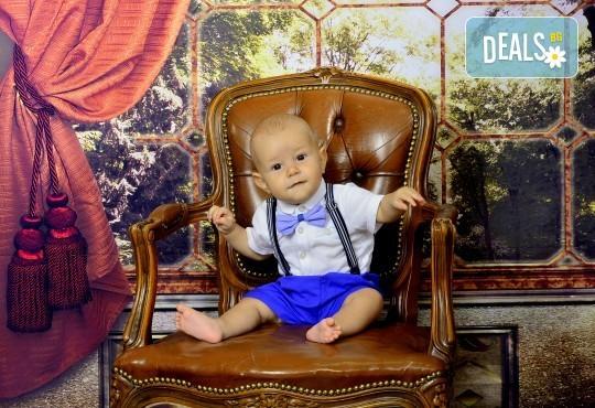 Семейна есенна или коледна фотосесия + подарък: фотокнига или еднолистен детски календар от Photosesia.com! - Снимка 7