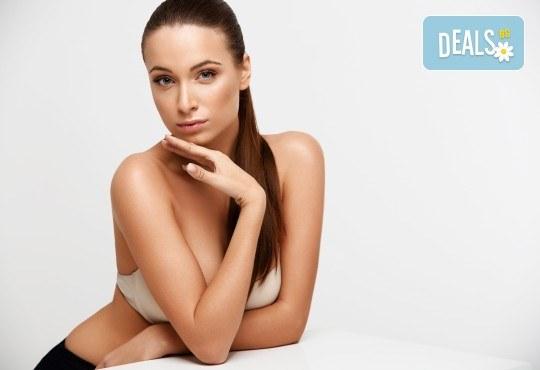 Терапия с гликолов пилинг за изсветляване на пигментни петна, изглаждане на проблемна кожа и фини бръчици в козметично студио Ма Бел! - Снимка 3