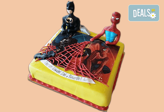 За момчета! Детска торта за момчета с коли и герои от филмчета с ръчно моделирана декорация от Сладкарница Джорджо Джани - Снимка 3