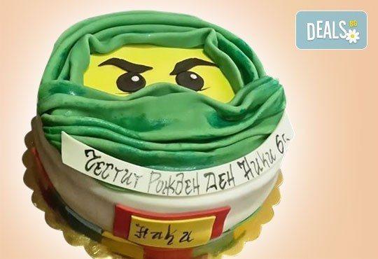 За момчета! Детска торта за момчета с коли и герои от филмчета с ръчно моделирана декорация от Сладкарница Джорджо Джани - Снимка 27
