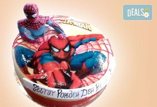 За момчета! Детска торта за момчета с коли и герои от филмчета с ръчно моделирана декорация от Сладкарница Джорджо Джани - Снимка 14