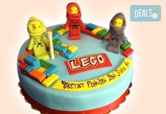 За момчета! Детска торта за момчета с коли и герои от филмчета с ръчно моделирана декорация от Сладкарница Джорджо Джани - Снимка 8