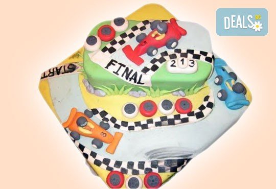 За момчета! Детска торта за момчета с коли и герои от филмчета с ръчно моделирана декорация от Сладкарница Джорджо Джани - Снимка 2
