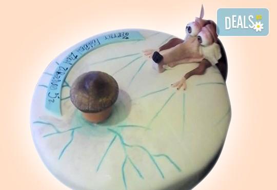 За момчета! Детска торта за момчета с коли и герои от филмчета с ръчно моделирана декорация от Сладкарница Джорджо Джани - Снимка 23