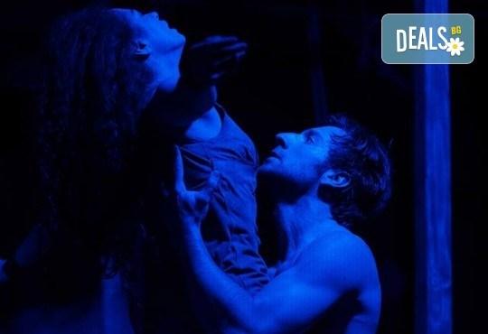 Гледайте спектакъла Антихрист по Емилиян Станев на 11-ти декември (вторник) в Нов Театър НДК! - Снимка 11