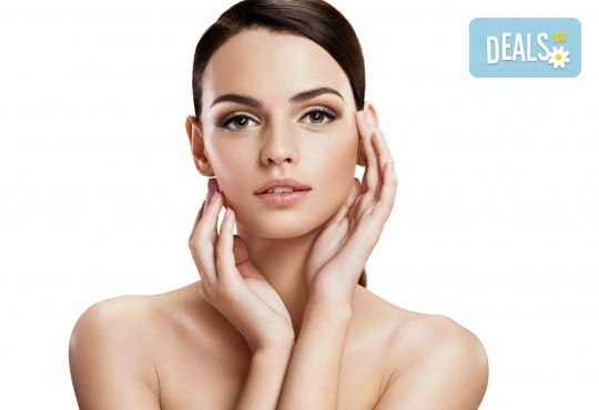 Ултразвуково почистване на лице и фотон терапия или нанасяне на серум в Студио за здраве и красота Оренда! - Снимка 1