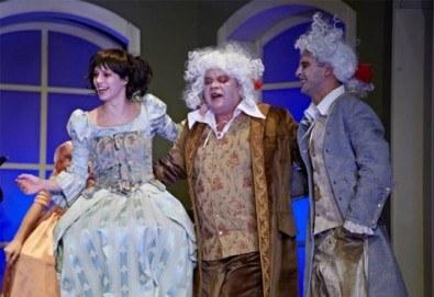 Гледайте комедията Скъперникът от Молиер на 2-ри ноември (петък) в Малък градски театър Зад канала! - Снимка