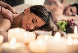 Удоволствие за двама! Романтичен СПА пакет с 60-минутен масаж Адонай на цяло тяло с ароматни масла и комплимент: бяло или червено вино, плато плодове и минерална вода в Масажно студио Адонай Елохай! - Снимка