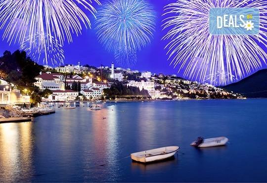 Посрещнете Нова година 2019 в Неум, Босна и Херцеговина! 4 нощувки със закуски и вечери в хотел Stela 3*, транспорт, водач и екскурзия до Дубровник - Снимка 1