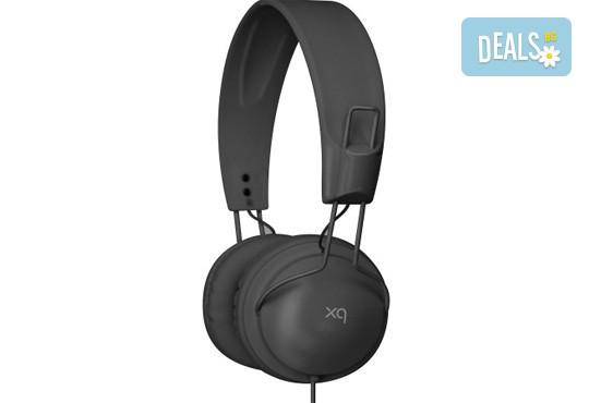 Изгодно и качествено! Подарете си леки и елегантни черни слушалки XQISIT! - Снимка 3