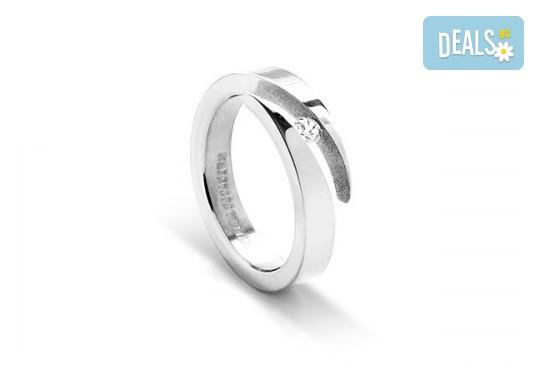 Красота и нежност! Вземете елегантен женски пръстен, изработен от титан! - Снимка 1
