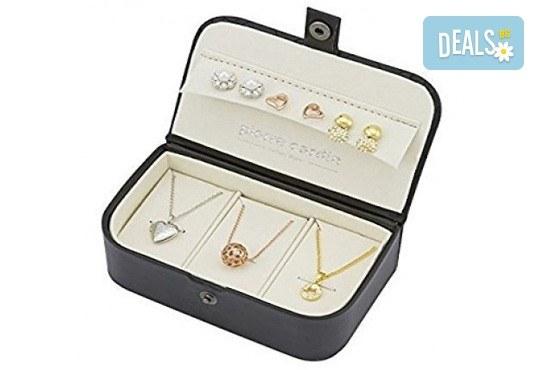 Идеалният подарък! Комплект Pierre Cardin от 6 части - 3 колиета и 3 чифта обеци с кристали Swarovski! - Снимка 1