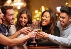 Незабравим Студентски празник! Празнична вечеря в механа Ореха в центъра на Банско с храна, напитки и жива музика! - Снимка