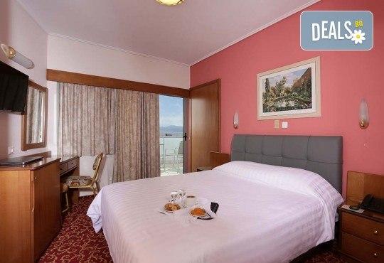 Посрещнете Нова година 2019 в Атина с Trips2go! 4 нощувки със закуски в Xenophon Hotel Athens 4*, транспорт, екскурзовод и панорамна обиколка - Снимка 11