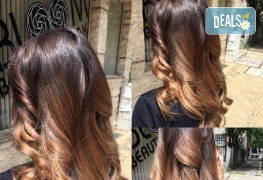 Кератинова или дълбоко възстановяваща терапия за коса и по желание подстригване и оформяне на прическа със сешоар в Студио за красота BLOOM beauty! - Снимка 5