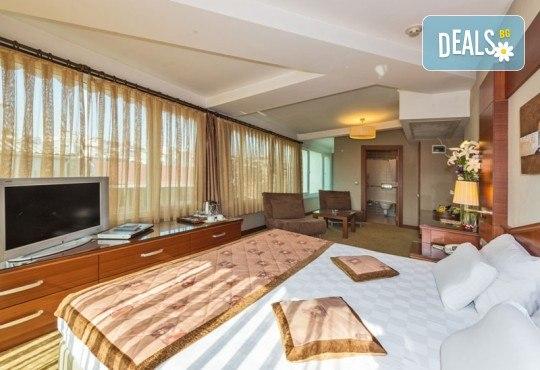 Отпразнувайте идването на Новата година в Истанбул, Турция! 2 нощувки със закуски в Hotel Vatan Asur 3*, транспорт и бонус: посещение на Mall Forum! - Снимка 11