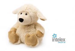 Плюшена нагряваща се Овца Cozy Plush Sheep от Intelex - Снимка