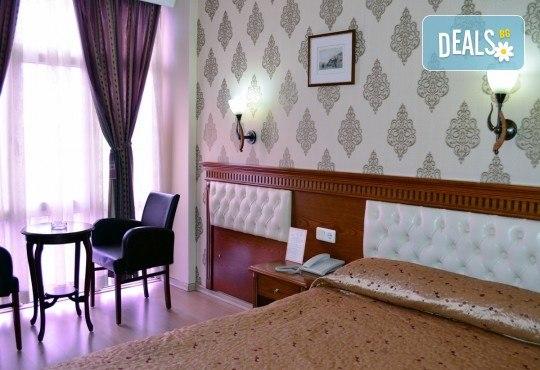Посрещнете Нова година в Истанбул, Турция! 3 нощувки със закуски в хотел 2/3*, транспорт с дневен преход, бонус посещение на Одрин и нощна автобусна обиколка на Истанбул! - Снимка 11