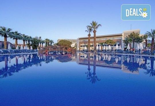 Ранни записвания за почивка през 2019 в Кушадасъ с Тансу Травел! 5 нощувки на база 24ч. All Inclusive в Hotel Palm Wings Beach Resort&Spa 5*, възможност за транспорт - Снимка 3