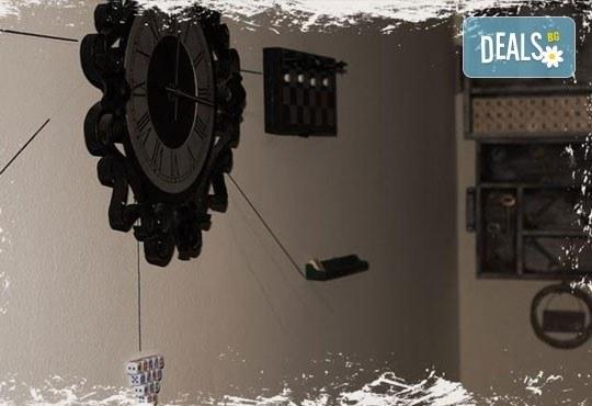 60-минутното приключение от Emergency Escape с играта Направление Неизвестно! Събери отбор, открий мистерията на ключа - Снимка 4