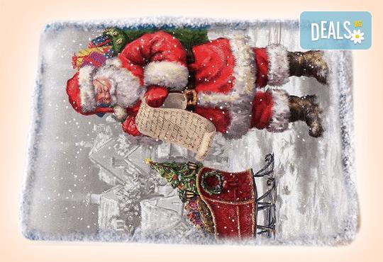 За Коледа и Нова година! Kоледна торта с какаови мъфини, шоколад и празнична снимка от Muffin House! - Снимка 1