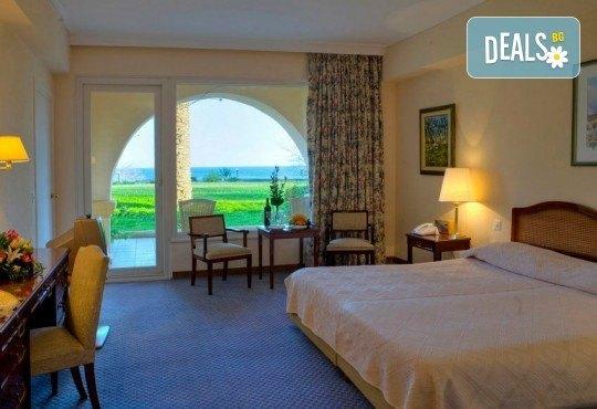 Посрещнете Новата 2019 година на очарователния остров Корфу! 3 нощувки със закуски Hotel Corfu Palace 5*, собствен транспорт - Снимка 4