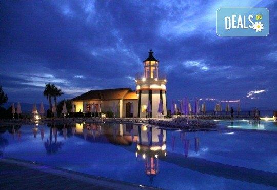 Нова година 2019 в Sealight Resort Hotel 5*, Кушадасъ, Турция! 3 или 4 нощувки на база 24ч Ultra All Inclusive, възможност за транспорт - Снимка 5