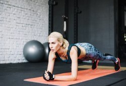 За да оформите бързо Вашата фигура - 4 тренировки Fat Burning, в Студио за аеробика и танци Фейм! - Снимка