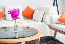 Цялостно почистване на Вашия дом, офис или други помещения до 80 кв.м. + пране на мека мебел, от фирма Авитохол! - Снимка