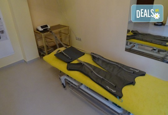 90-минутна комбинирана лечебна процедура срещу мускулно-ставни проблеми, болки и травматични заболявания в RehaSofia! - Снимка 4