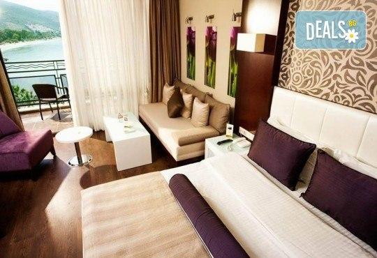 Посрещнете Нова година 2019 в хотел Tusan Beach Resort 5*, Кушадасъ, с Глобус Холидейс! Пакети с 3 или 4 нощувки на база All Inclusive, Новогодишна вечеря, възможност за транспорт - Снимка 3