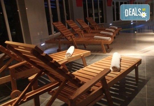 СПА уикенд през декември в Пролом баня, Сърбия! 1 нощувка със закуска и вечеря с жива музика, ползване на басейн, джакузи, сауна и парна баня! - Снимка 8