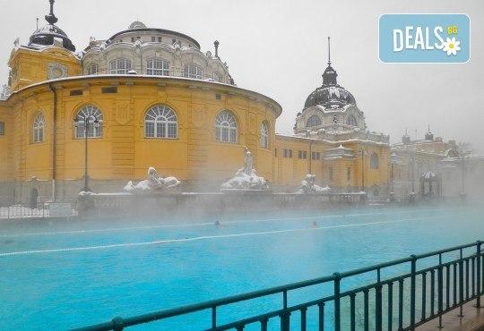 Коледна магия в Будапеща, Виена и Прага! 5 нощувки със закуски, транспорт, водач и възможност за посещение на Дрезден! - Снимка 8