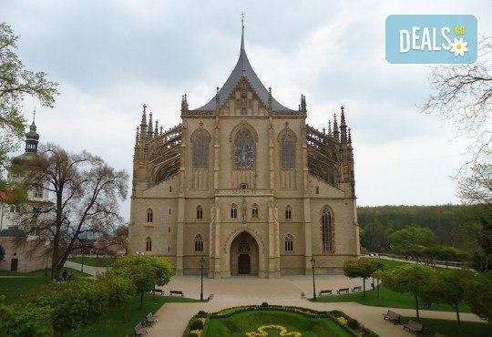 Екскурзия през март до Прага и Будапеща! 3 нощувки със закуски, транспорт и посещение на Кутна Хора! - Снимка 14