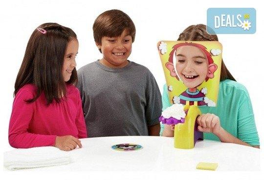 Забавление за малчуганите! Занимателна игра за деца Пай в лицето от Podobro.com! - Снимка 3