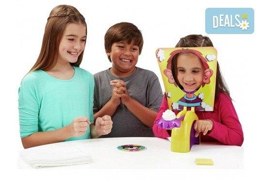 Забавление за малчуганите! Занимателна игра за деца Пай в лицето от Podobro.com! - Снимка 4