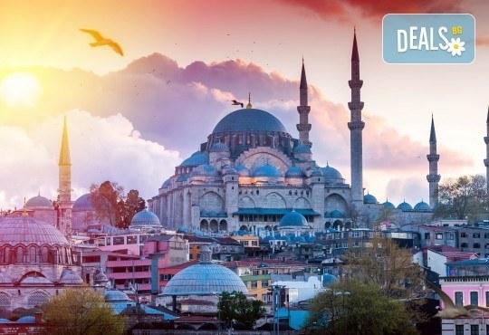 Посрещнете Новата 2019-та година в Истанбул с Глобус Турс! 2 или 3 нощувки със закуски в хотел 3*, бонус програма, водач и транспорт! - Снимка 3