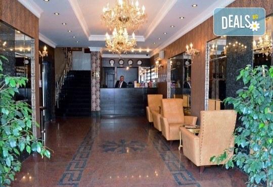 Посрещнете Нова година в Истанбул, Турция! 3 нощувки със закуски в хотел 2/3*, транспорт с дневен преход, бонус посещение на Одрин и нощна автобусна обиколка на Истанбул! - Снимка 13