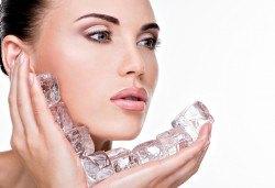 За красиво и сияйно лице! Дълбоко комбинирано почистване на лице, лед маска и бонус - почистване на горна устна с конец в Barber shop Habibi! - Снимка