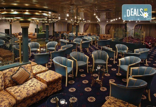 Нова Година в Египет, с Дрийм Холидейс! Самолетен билет, трансфери, 3 нощувки на база All Inclusive в Хургада, 3 на круизен кораб 5*, Гала вечеря на борда на круизния кораб - Снимка 8