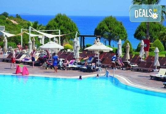 Ранни записвания за лято 2019 в Didim Beach Elegance Aqua & Thermal 5*, Турция, с Глобус Холидейс! 4, 5 или 7 нощувки на база All Inclusive, възможност за транспорт - Снимка 11