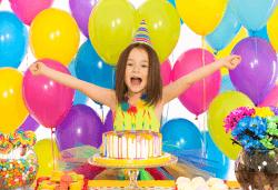 Детски 2-часов рожден ден през уикенда за 10 деца с включена зала + аниматор, музика, игри, рисуване на лице и меню по избор в Dance Center Fantasia! - Снимка