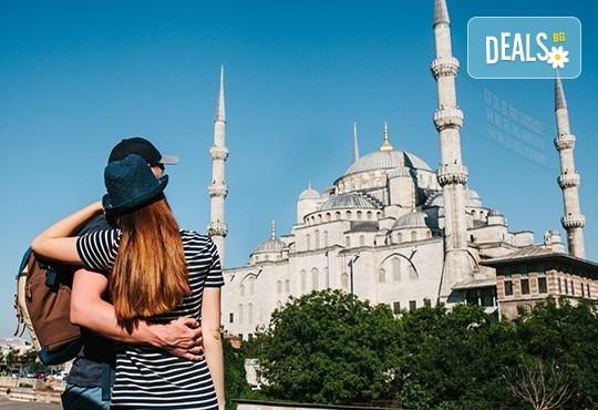 Романтика за Свети Валентин в Истанбул! 2 нощувки със закуски, транспорт, водач от агенцията и посещение на Одрин! - Снимка 1