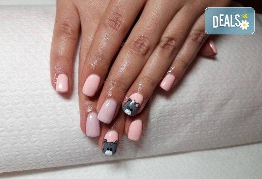 Изграждане на ноктопластика с гел, маникюр с гел лак BlueSky или Nika и 2 декорации в V&A Glamour Beauty Salon! - Снимка 6