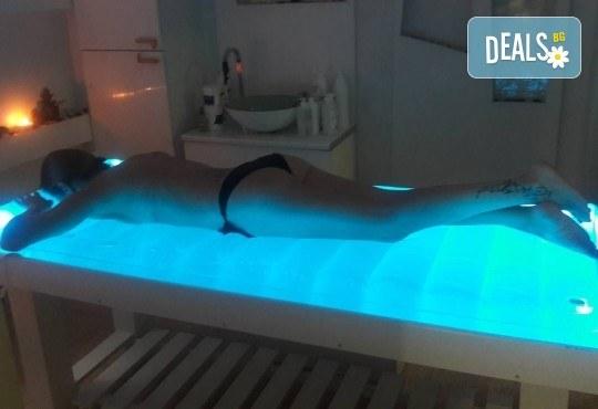 Релаксираща СПА терапия на цяло тяло със 100% натурални масажни свещи Abogea и ароматни масла в Anima Beauty&Relax! - Снимка 5