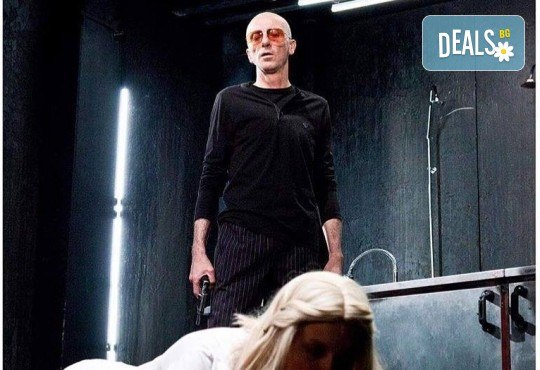 Гледайте комедията Килър Джо с Малин Кръстев на 12-ти декември (сряда) в Малък градски театър Зад канала! - Снимка 10